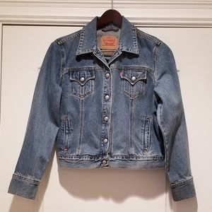 🦋 Levi's Original Trucker Blue Jean Jacket